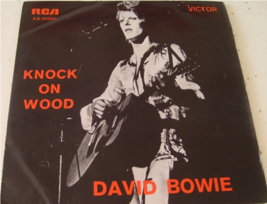 David Bowie - Knock On Wood - Portuguese Import 7 Inch Vinyl