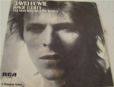 David Bowie - Space Oddity / The Man Who Sold The World 7 Inch Vinyl