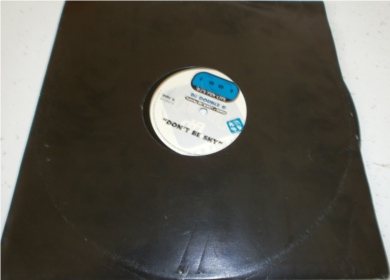DJ Double G feat MC Blakey, Gordi - Don't Be Shy 12 inch vinyl