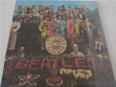 The Beatles - Sgt Peppers Lonely Hearts Club Band MINT with all inserts 12 inch vinyl
