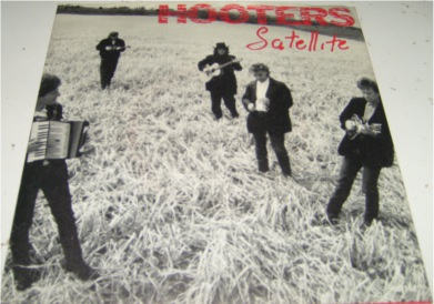 Hooters - Satellite 7 Inch Vinyl