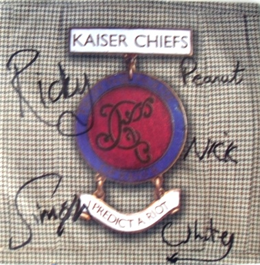 Kaiser Chiefs - I Predict A Riot 7 Inch Signed Vinyl