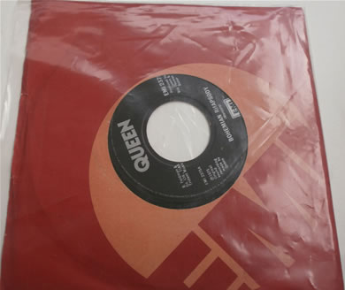 Queen - Bohemian Rhapsody / Im In Love With My Car 1975 original press 7 inch vinyl