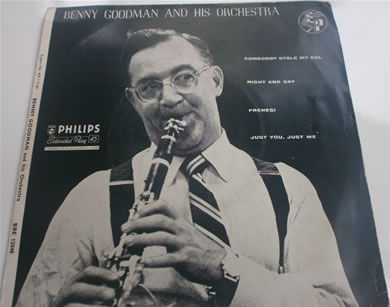 Benny Goodman & His Orchestra - BBE 12048 Side 1 Somebody Stole My Girl Ii, Night And Day iii, Frenesi iiii, Just You Just Me 7 Inch Vinyl