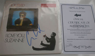 Lou Reed - I Love You Suzanne / Vicious / Walk on the Wild Side - signed with COA 12 Inch Signed Vinyl