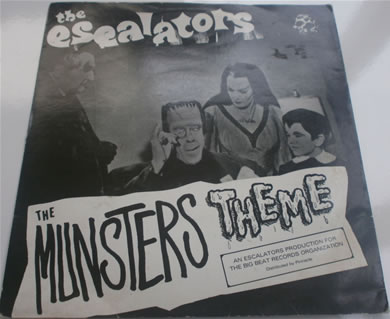The Escalators - The Munsters Theme 1983 NS87 7 Inch Vinyl