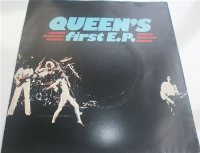 Queen - Queen's First E.P EMI 2623 7 inch vinyl